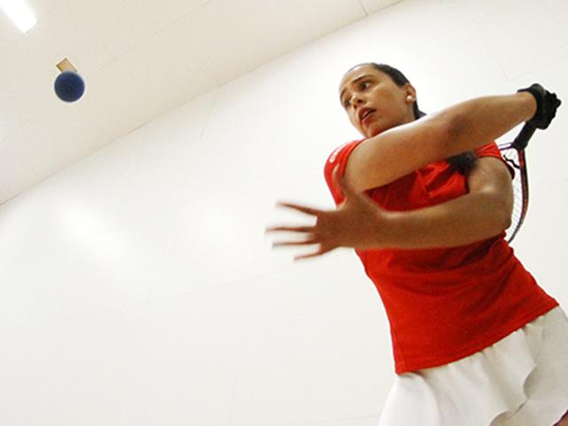 Racquetbolista carla mu oz asegura podio en bolivarianos for Muebles munoz santa marta